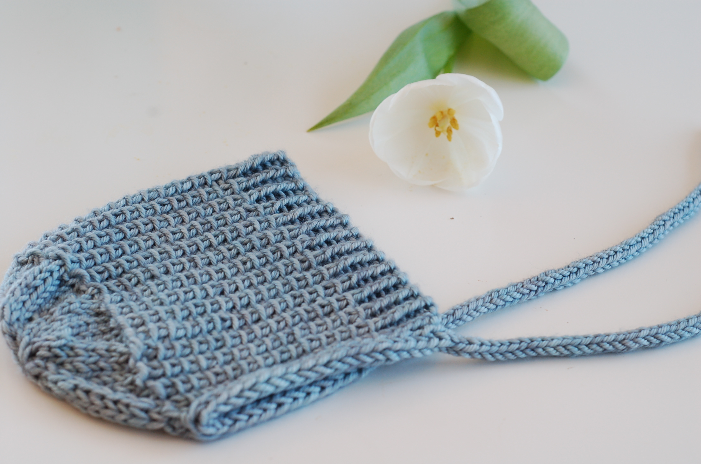 Little Bonnet - knitting pattern