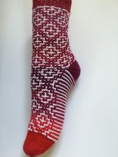 "Socks ""Mosaic"" GB size 5-6 and 61/2-71/2, USA size 71/2-81/2 and 9-10 at Makerist - Image 1"