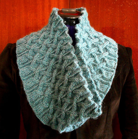 Plessis cowl at Makerist - Image 1