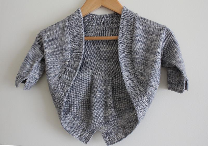 Petite Fille Modèle - Child Shrug Knitting Pattern
