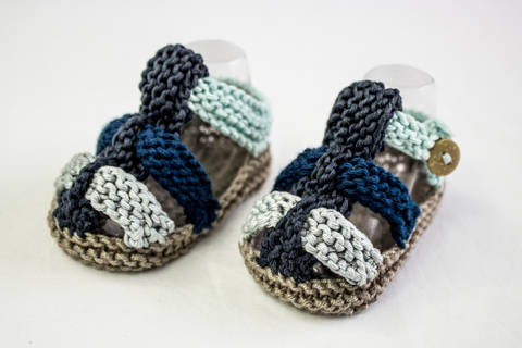 Baby Boy Summer Sandals Knitting Pattern (en) bei Makerist