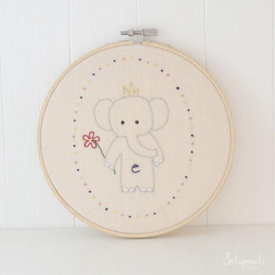 Little Elephant, hand embroidery PDF pattern & instructions (en) bei Makerist - Bild 1