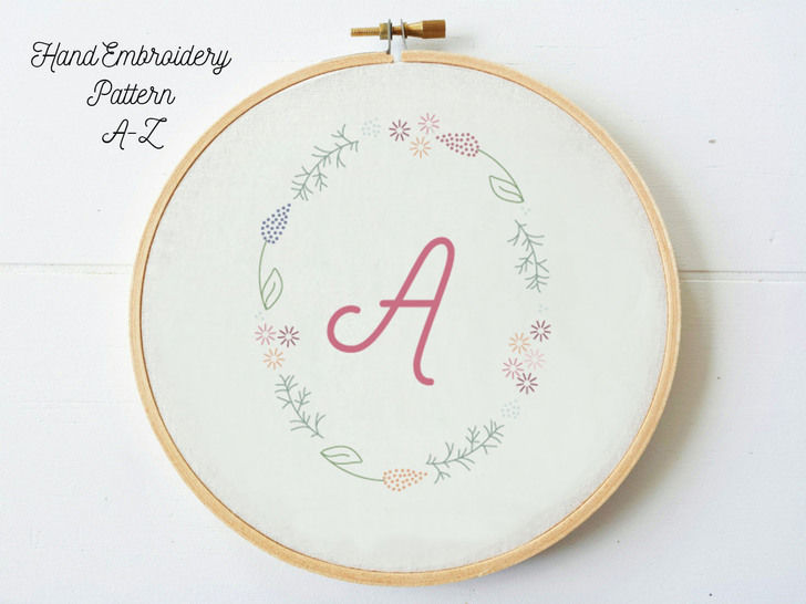 Bundle A-Z Letters in Floral Frame, hand embroidery PDF pattern & instructions (en) bei Makerist - Bild 1