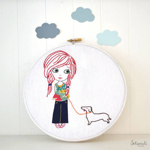Little girl with dog, Hand Embroidery PDF Pattern - Instant Digital Download (en)