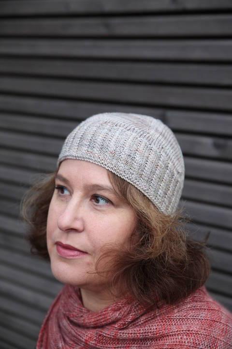 Pride and Prejudice Hat - Knitting  (en) bei Makerist
