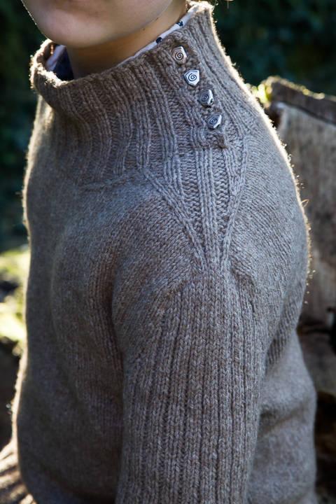 Pullman Men's Sweater - Knitting  (en) bei Makerist