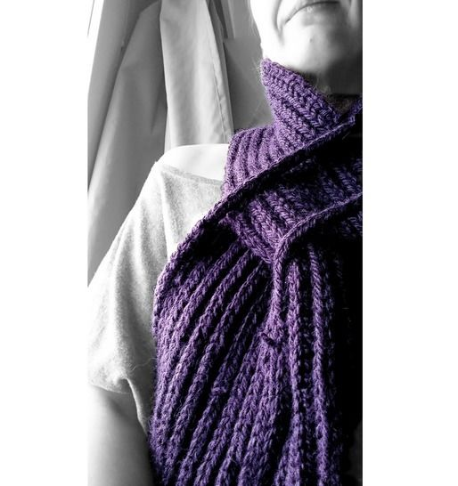 Ordning Scarf - Knitting pattern tutorial at Makerist - Image 1