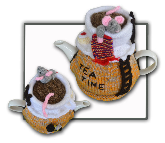 Mouse in a Cup Tea Cosy at Makerist - Image 1