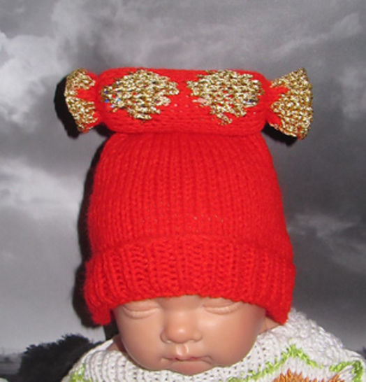 FREE Baby Christmas Cracker Beanie at Makerist - Image 1