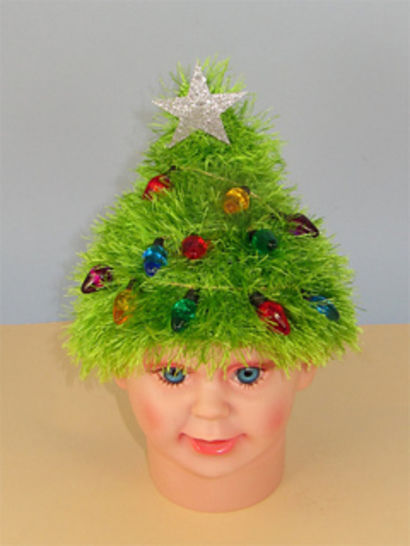 Free Children's Easy Christmas Tree Beanie Hat at Makerist - Image 1
