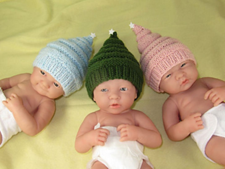Preemie Tiny and Newborn Baby Little Star Christmas Beanie at Makerist - Image 1
