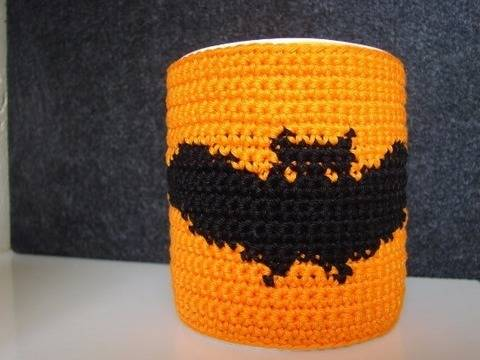Mug cozy Halloween bat - crochet pattern at Makerist