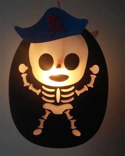 Skelett (oval) Laterne aus Papier (Plotterdatei) bei Makerist - Bild 1