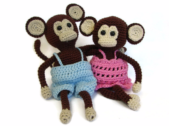 Monkey with dress and pants - crochet pattern
