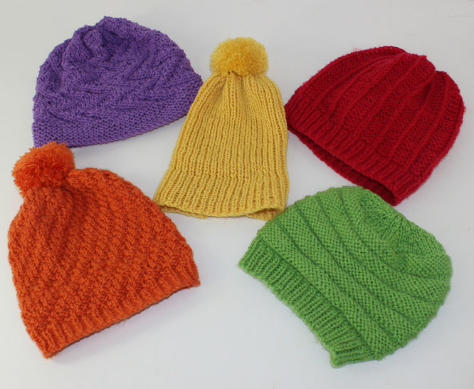 5 Easy Baby Beanies CIRCULAR knitting pattern at Makerist - Image 1