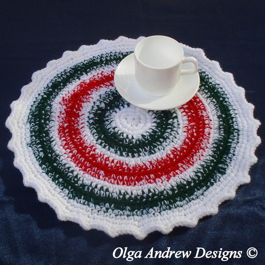 Christmas doily/rug/chair seat crochet pattern 038 at Makerist - Image 1