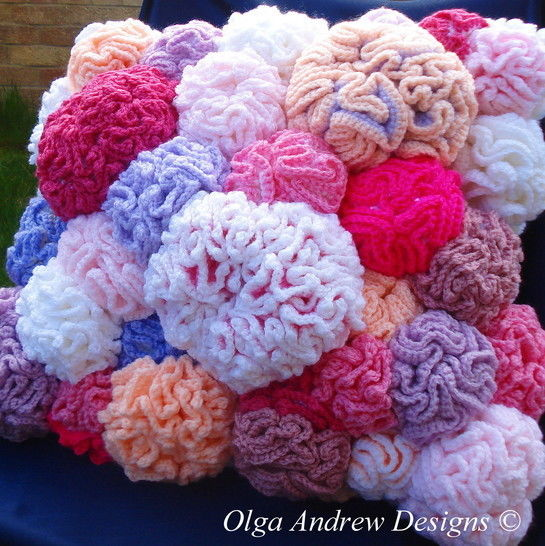 Coral reef cushion knit/crochet pattern 035 at Makerist - Image 1