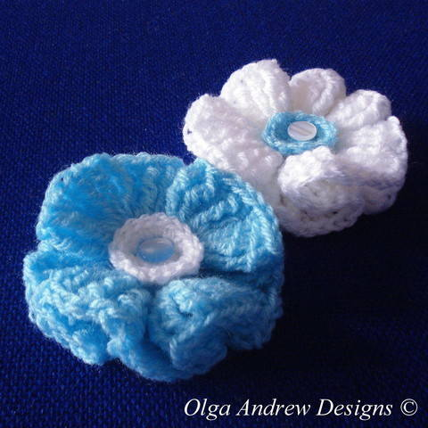 Wavy flower crochet pattern 010 at Makerist