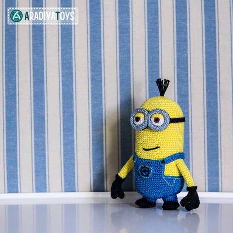 Crochet Pattern of Minion Tim by AradiyaToys