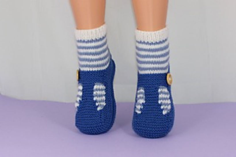 Childrens Stripe Sock and T Bar Sandals at Makerist - Image 1