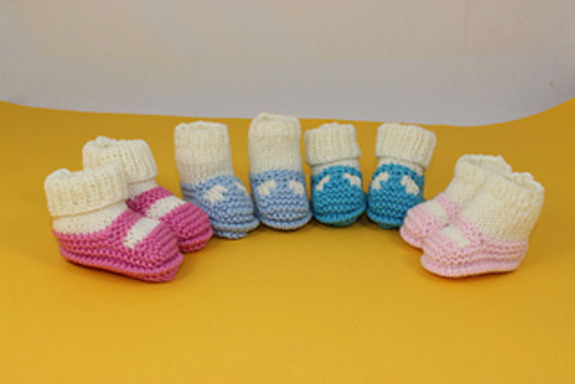 Preemie Tiny and Newborn Baby Sock and Slippers at Makerist - Image 1