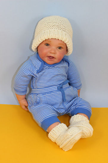 Baby Garter Stitch Beanie and Booties at Makerist - Image 1