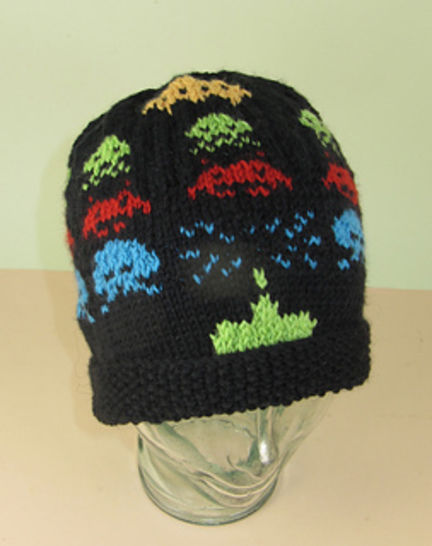 Retro Space Invaders Beanie Hat at Makerist - Image 1