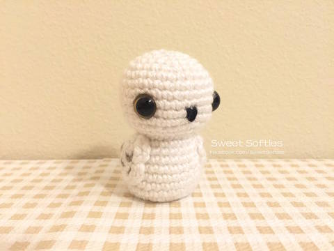 Snowy Barn Baby Owl Doll Pattern (Harry Potter Hedwig) at Makerist