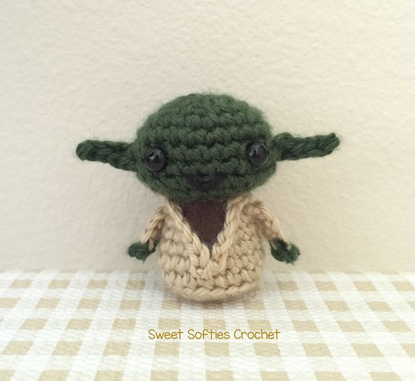 Mini Star Wars Yoda Amigurumi Doll at Makerist - Image 1