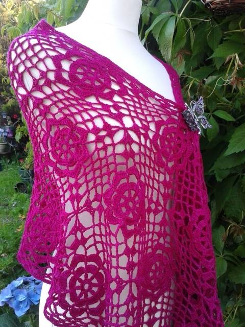 Lacy Flower Crochet Wrap