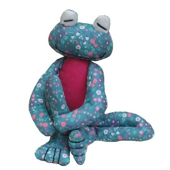 Fritz Frog soft toy sewing pattern at Makerist - Image 1