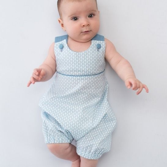 PHIL Baby Dungaree with straps, piping and elastic at Makerist - Image 1