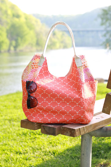 Vacation Tote Sewing Pattern at Makerist - Image 1