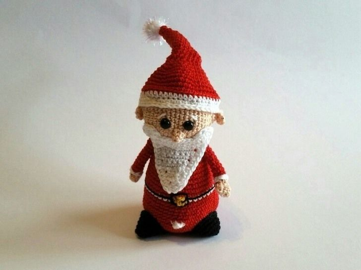 AMIGURUMI; WinterWinzling Santa - Häkelanleitung bei Makerist - Bild 1