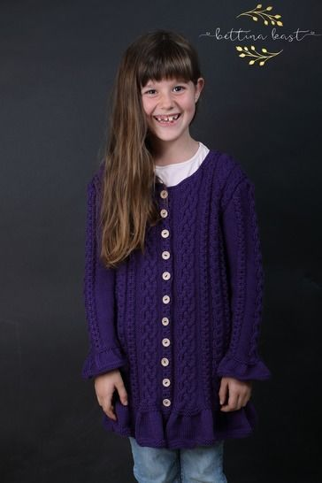Anael - Romantic Cable Cardigan - updated version at Makerist - Image 1