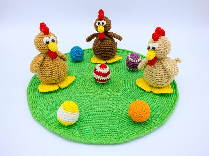 Häkelanleitung: Hühnchen mit Eiern bei Makerist - Bild 1