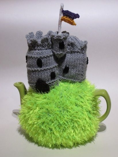 Medieval castle tea cosy at Makerist - Image 1