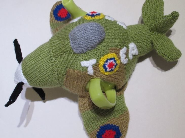 Spitfire tea cosy at Makerist - Image 1