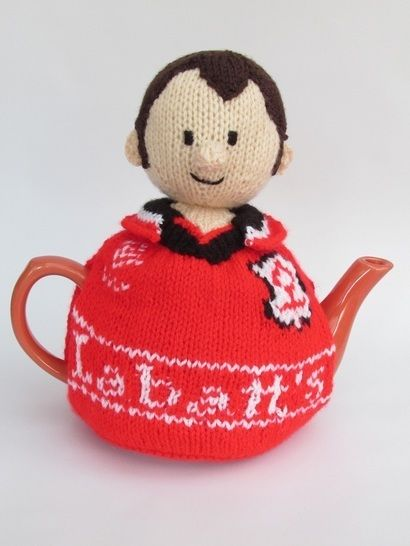 Nottingham Forest football supporter tea cosy at Makerist - Image 1