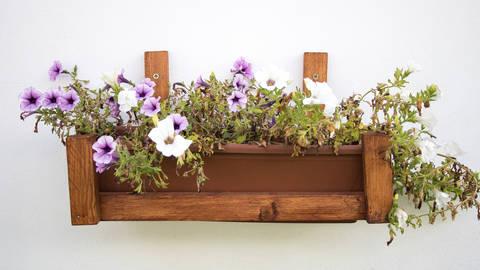 Bastelanleitung: Blumenkastenhalter bei Makerist