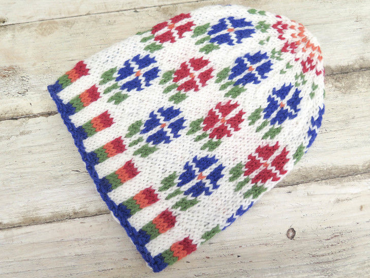 Fair Isle Flower Power Beanie at Makerist - Image 1