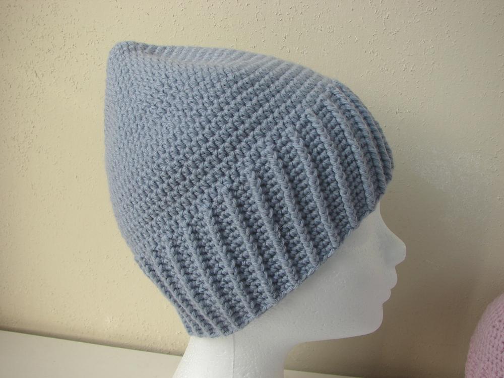 Winter hat - crochet pattern
