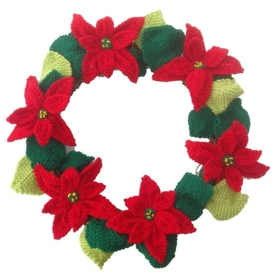 Poinsettia Christmas Wreath at Makerist - Image 1