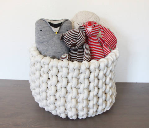 Knit rope basket