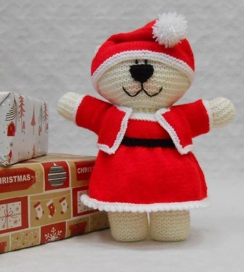 Mrs Claus Teddy Bear Costume Knitting Pattern at Makerist - Image 1