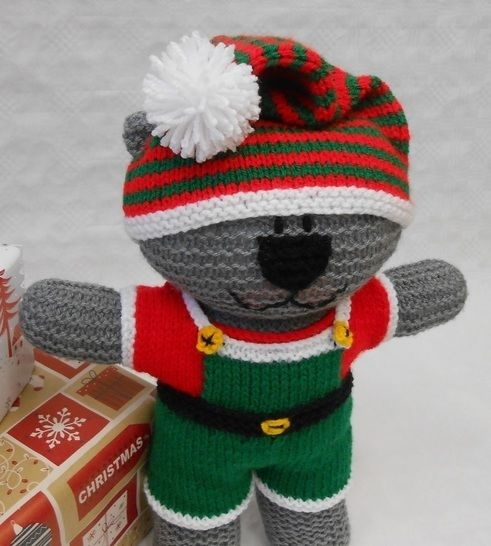 Santa's Elf costume knitting pattern to fit Teddy Bear at Makerist - Image 1