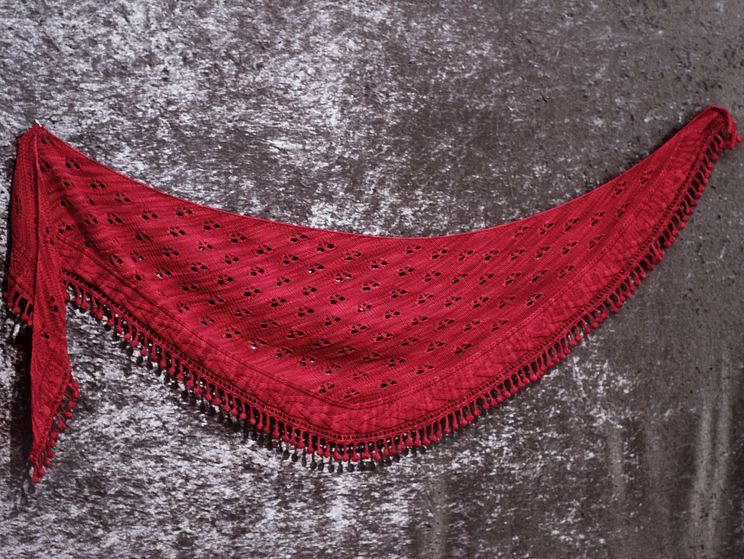 Knitting pattern scarf, shawl Belladonna