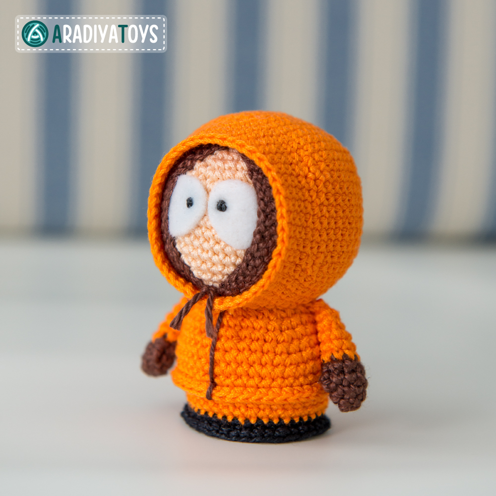 Crochet Pattern of Kenny McCormick by AradiyaToys