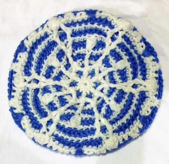 Snowflake Crochet Hat at Makerist - Image 1