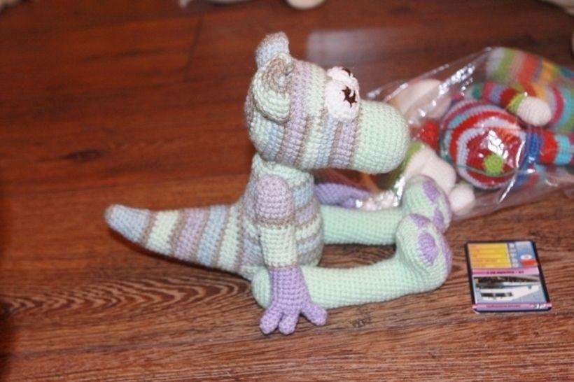 Panther im Dinokostüm bei Makerist - Bild 1
